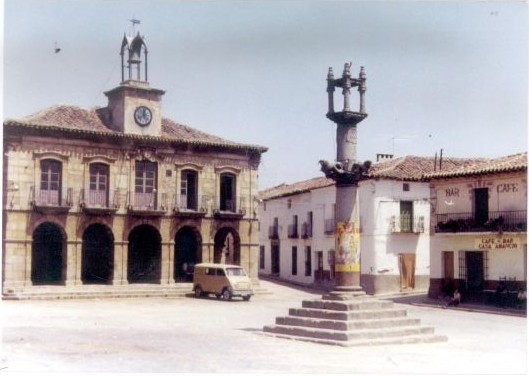 Plaza de Almorox
